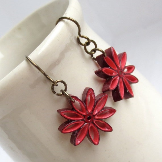 CIJ 30% off Red Ombre Nine Pointed Star Earrings Eco Friendly Earrings Paper Quilling bridesmaid gift Baha'i Jewelry Hypoallergenic