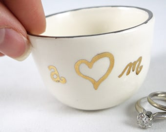 HANDWRITTEN SCRIPT INITIALS with gold or silver rim - wedding ring dish, engagement ring holder, table decoration, wedding favors, gifts
