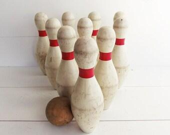 Vintage  Wooden 10 Pin  Bowling  Game Duckpins .  Bowling Pins