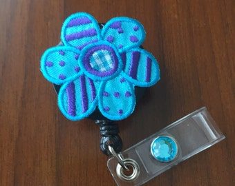 nurse badge holder, nurse badge reel, flower badge reel, gift for nurse, gift for teacher, gift for nurse, retractable badge reel, id badge