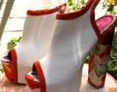 reserved // Vintage Flora Flower Power Platform Heels Shoes Sz 7.5 // Groovy Baby 70s Hippie + Boho