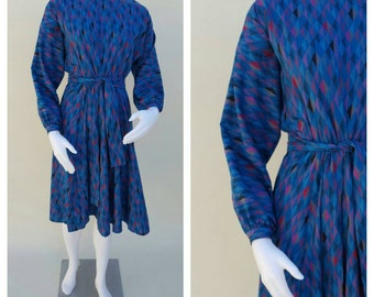 SALE Vintage 80s Dress /  Geometric Print / Abstract Midi Dress / Avant Garde Dress / Dolman Sleeve Dress / Fit And Flare Dress