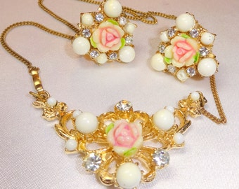 Delicate 1930s necklace and earring set