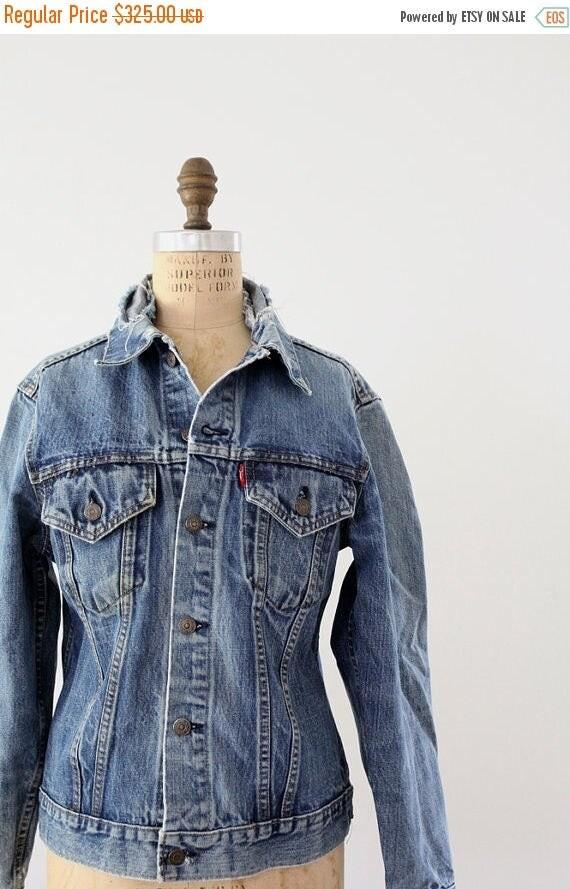 SALE 1980s Levi's denim jacket