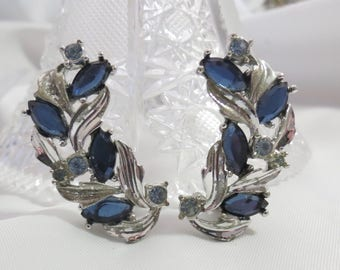 Vintage Sara Coventry Blue and Silver Clip on Earrings
