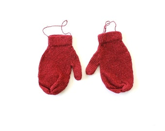 Red Mittens . small mittens . baby mittens . red decor . holiday decor . mitten gloves . holiday ornaments . mitten ornament. mitten garland