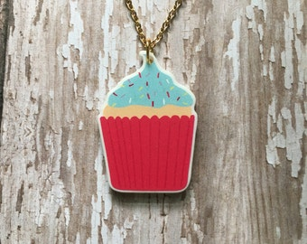 Adorable  cupcake necklace