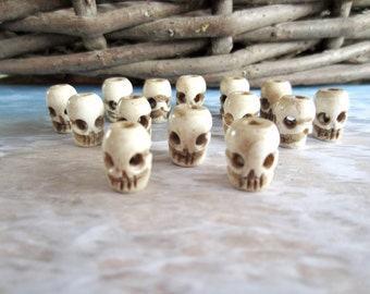 Handcrafted Bone Skulls-Destash-14 Pieces