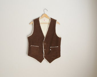vintage 70s dark brown corduroy rancher shearling lined levis vest -- mens small