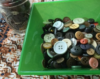 Huge Lot of Vintage and New Buttons MOP Plastic Metal & More Styles and Shapes Lot 123 Buttons Sewing VTG BUTTON Lot Vintage and New
