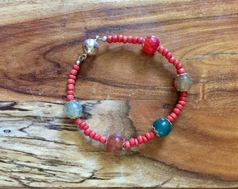 Samantha bracelet in Red and Earth Tones