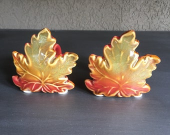Maple Leaves Napkin Rings Red & Green Ceramic Leaf ~ #D2093