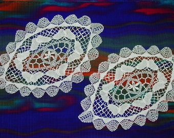 "Lace Doily Pair Delicate Ovals with Butterflies, 11 x 17 1/2"" White Pretty"