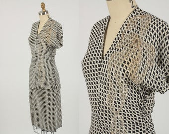 1940s dress/ 40s houndstooth rayon/ sequin ribbon