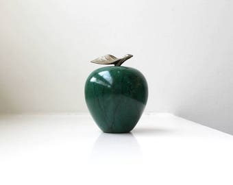 Vintage Green Marble Apple Objet Paperweight Figurine Brass Leaf