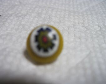 VINTAGE PRETTY 1940's Yellow Millefiori GLASS String Button ...#163..