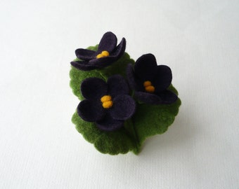 Felted flower brooch, African violet, violet jewelry, violet wool felt, violet felt flowers, corsage brooch, broach pin