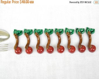 ON SALE for a week Majolica French Vintage Knife Rests In The Shape of Tomato Barbotine french dining - french home - french cottage - frenc