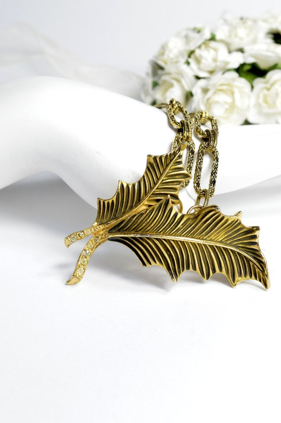 Brooch Necklace