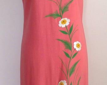 Coral sleeveless appliqué dress