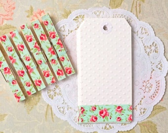 Shabby Chic Gift tag set. Rose cottage chic gift tags and clothespins. English rose country life gift embellishments. Shabby Floral tags