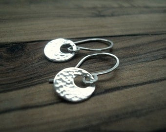 Tiny silver earrings - Sterling silver earrings - Small earrings - Hammered silver earrings - Gift for her - Everyday earrings - Small gift