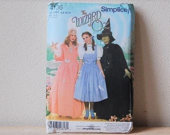Simplicity 4136 Wizard of Oz Pattern Dorothy, Glinda, Wicked Witch UNCUT