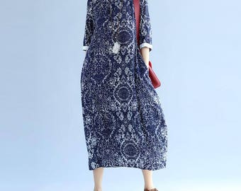 Women Comfortable clothes round collar long dress In red/ blue