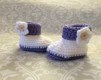Crochet baby boots size 0 to 3 mos - an adorable baby shower gift, available now