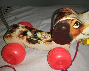 Vintage Fisher Price Pull Toy Little Snoopy Dog With Ring and Shoe 1980 Pull Toy