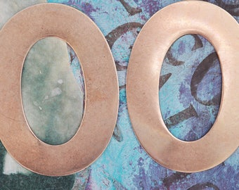 """Two oval scrapbooking frames, 2 1/2"""" X 3 1/2"""""""