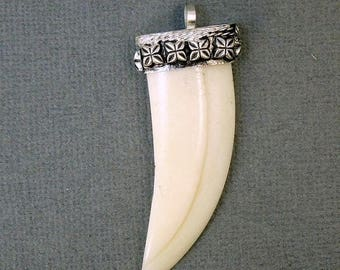10% off Mothers Day Tibetan Carvned Bone White Horn Pendant with Silver Plated Cap - Boho Fashion 2012 (S32-B9b-02)