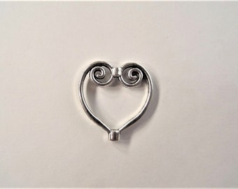 20*20mm  Heart Charms/ Findings, 5CT (Y28)