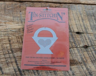 Vintage Tin Stitchin Needle Forms Basket with Heart 1987
