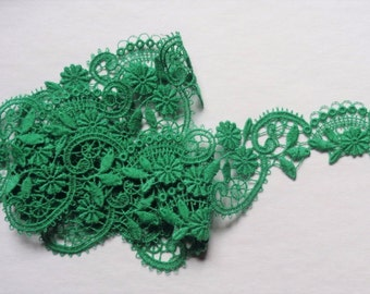1 1/2 inch wide green embroidered lace selling by the yard