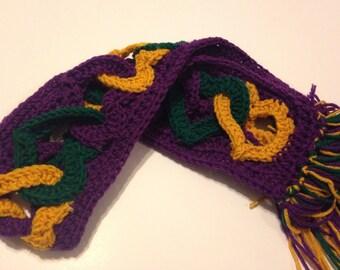 Crochet Green, Purple, and Gold Mardi Gras Interlocking Heart Valentine's Scarf
