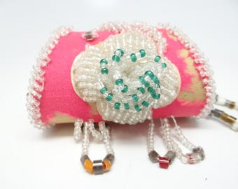 Antique 1900 Native American Iroquois Beaded Pink Purse