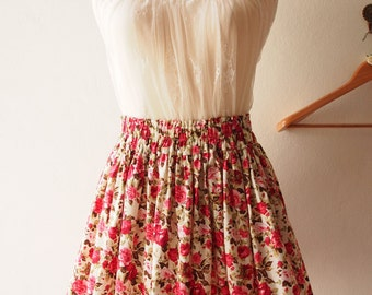 "Floral Mini skirt Vintage Floral Skirt  -Free Size Waist 26""-29"""