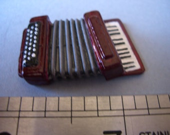 1:12th Piano Accordion for the Dolls House