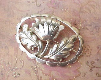 Gorgeous Large and Beautifully Made Sterling Silver 3 Dimensional Floral Brooch