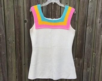 Vintage 60s women's mod acrylic knit rainbow sherbet tunic tank top blouse size M