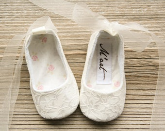 Cream white baby ballerina shoes, antique white baby slippers, christening shoes, baptism shoes, off white baby flats