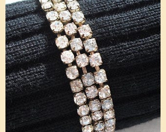 Vintage 1990s diamante bracelet, single strand with clear crystal stones, stretch bracelet, one available