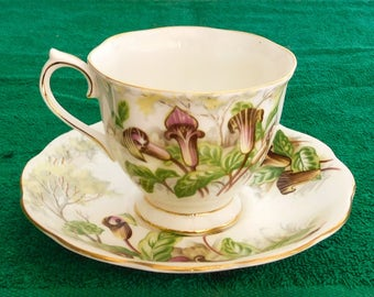 Royal Albert Jack-In-A-Pulpit Tea Cup Bone China England