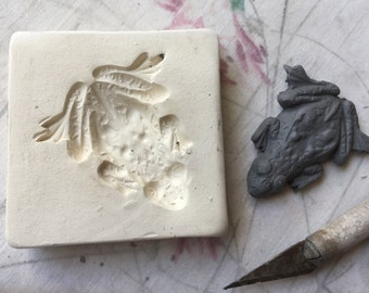 Small Frog Sprig Mold Toad Press Relief Mold or Sprig  Bisque Clay Stamp for Ceramic Decoration and Texture,
