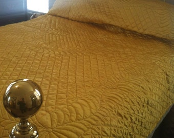 Beautiful HANDMADE/HANDQUILTED Bedspread-Two sided Gold Satin and Orchid Satin/Full or Queen