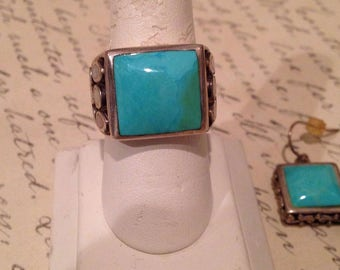 Turquoise and Sterling Silver Set of Ring & Earrings