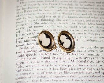 Vintage Jane Austen Downton Abbey Edwardian Style Cameo Clip Earrings