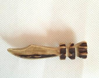 1920s carved antler brooch
