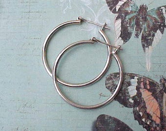 Pretty Pair of Vintage Silver Colored Hoop Earrings for Pierced Ears